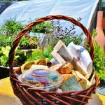 wine-country-picnic-basket